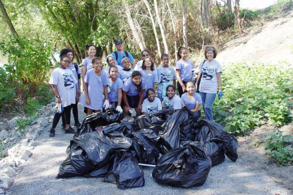 2015 Spicket River Cleanup 038.JPG